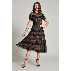 NWT Tadashi Shoji Camilla Tea-length Dress 6